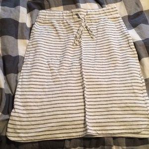 Striped knee skirt